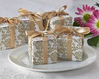 Damask Favor Boxes in Gold & White - Set of 24